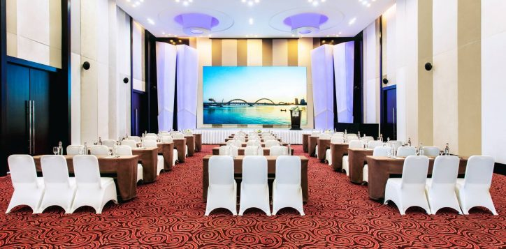 1-2-ballroom-classroom-grand-mercure-danang-5303-hd-2