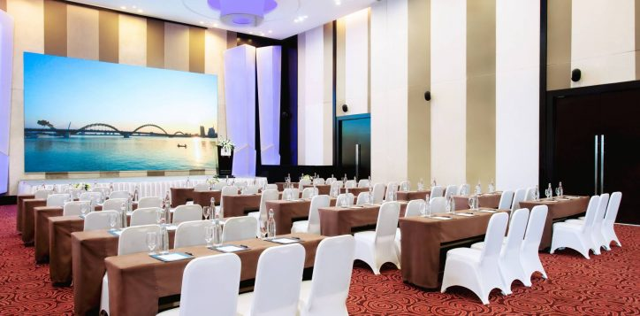 1-2-ballroom-classroom-grand-mercure-danang-5309-hd-2
