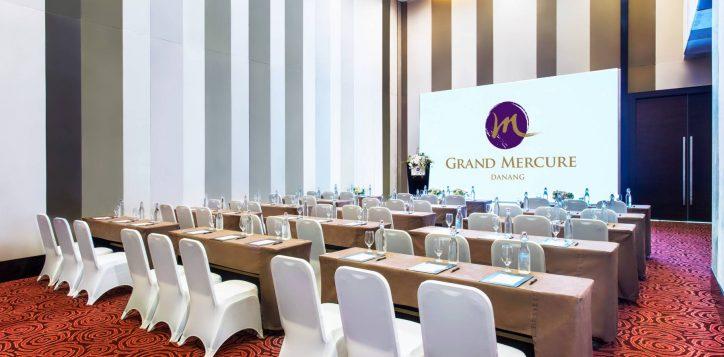 1-4-ballroom-classroom-grand-mercure-danang-5409-hd-2
